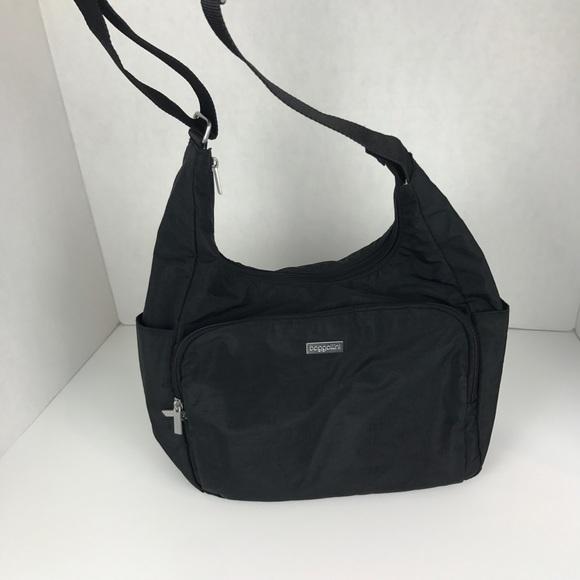 36d77309c7 Baggallini Handbags - Baggallini black crossbody bag purse travel hobo